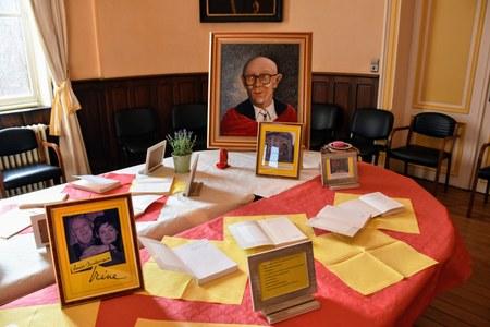 Paul Rouge, un peintre qui orne les bibliothèques