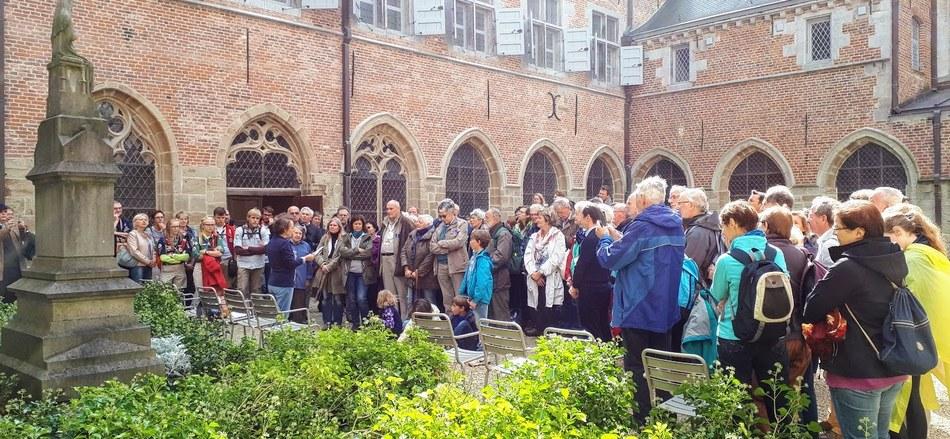 Saint-Jacques fait halte à Lessines