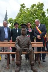 Magritte au chapeau, inauguration